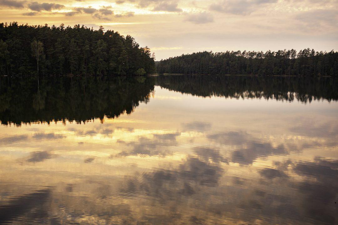 jezioro wiatraki marózek