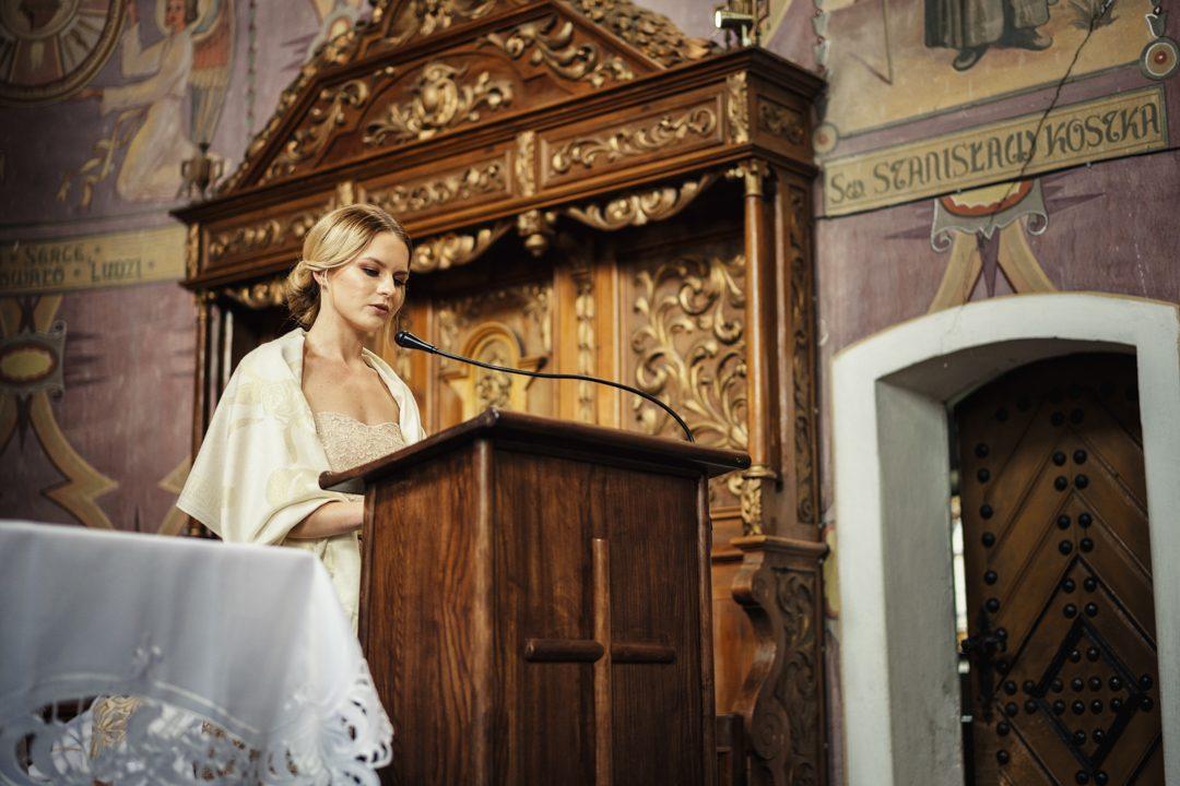 ślub kasi i tomka parafia rzymskokatolicka Ramsowo