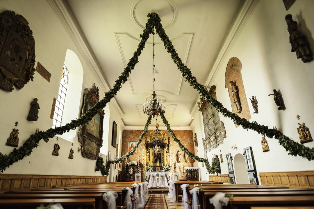 Kościół Matki Boskiej Szkaplerznej w Rodnowie