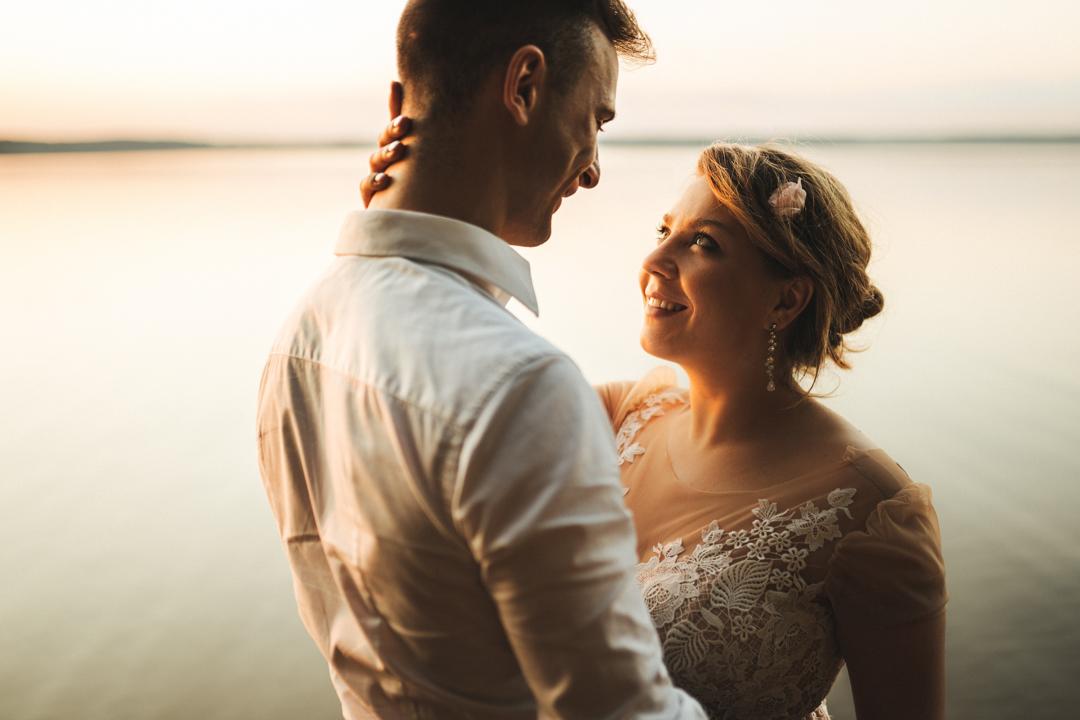 sesja ślubna nad jeziorem mazury